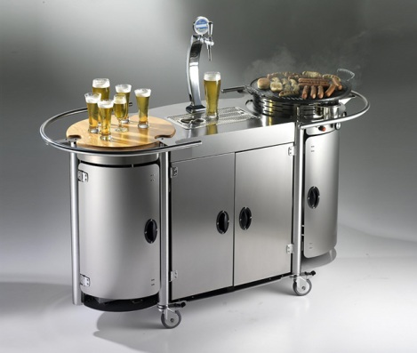 Alpina-Mobile-Bongos-Beer-Bar-Gear-Patrol