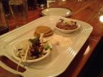 Cretons au boudin à l'érable avec une salade aux noix de grenoble et cottage à l'érable