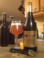 4- Ithaca Beer Company - Brute: thanks to my beer budy Oldp0rt on this one. We drank this one in a very relax friday night tasting. And it blows my mind !!! The mix of the brett and the 3 champagne yeast strains together was very nice. It is a must try for every beer geek, if you are one !